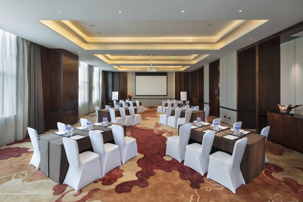 Meeting Facility, HUALUXE Hotels & Resorts Zhangjiakou - An IHG Hotel