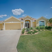Yuma Place Home 3 Bedroom by The VIR Group