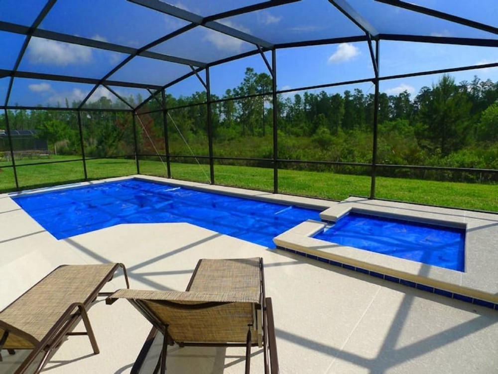 9037 calabria house 6 bedroom by florida star 2017 room for Hotels with indoor pools in florida