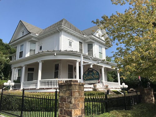 The Gables Inn Bed & Breakfast