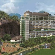 Sahid Eminence Hotel Convention & Resort