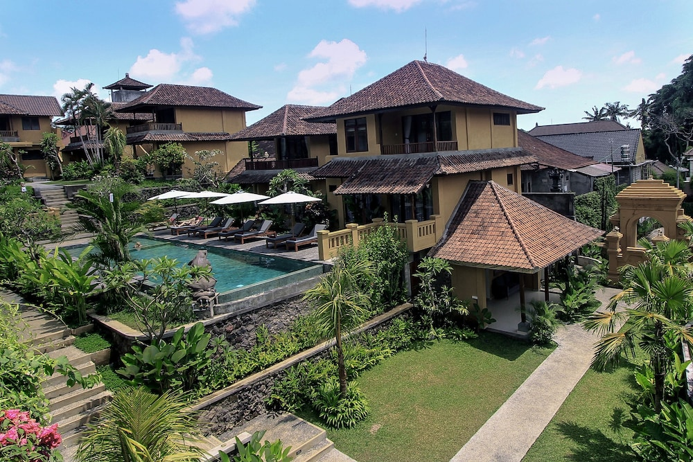 Jati cottage bali 2017 reviews hotel booking expedia for Cottage bali