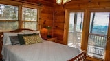 Sunset Ridge 3 Bedroom Apartment by Mountain Laurel Cabin Rentals - Blairsville Hotels