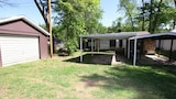 Taneycomo Lake Cottage 5 Bedroom by Sunset Realty - Hollister Hotels