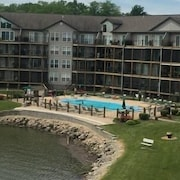 Cedar Glen 127 3B 2 Bedroom Condo by Your Lake vacation
