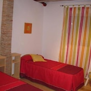 Almeria 100354 2 Bedroom Apartment By Mo Rentals