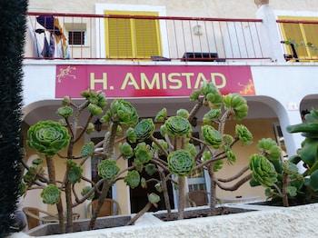 Hostal Amistad Deals & Reviews (Calvia, ESP) | Wotif