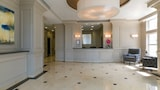 Global Luxury Suites at Stamford Center - Stamford Hotels