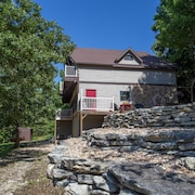 Ozarks Outdoor Legacy 5 Bedroom Condo by Sunset Realty