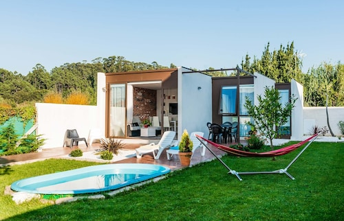 Boiro 101386 2 Bedroom Holiday home By Mo Rentals