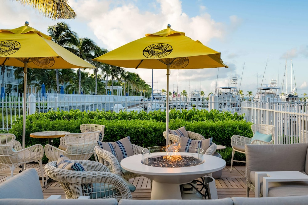 Terrace/Patio, Oceans Edge Key West Resort, Hotel & Marina