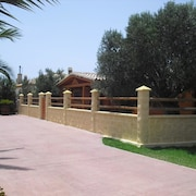 Cadiz 101738 2 Bedroom Holiday home By Mo Rentals