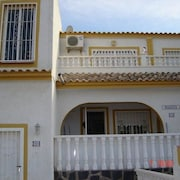 Santa Pola 100018 3 Bedroom Apartment By Mo Rentals