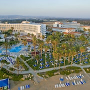Cypria Maris Beach Hotel & Spa - Adults Only