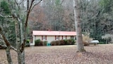 Murphys Fish Camp 2 Bedroom House by Mountain Laurel Cabin Rentals - Ellijay Hotels