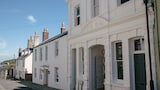 North House - Cowes Hotels
