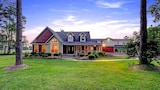 Maple Creek Bed and Breakfast - Tomball Hotels