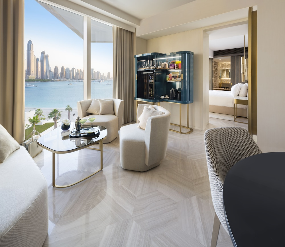 Beach/Ocean View, FIVE Palm Jumeirah Dubai