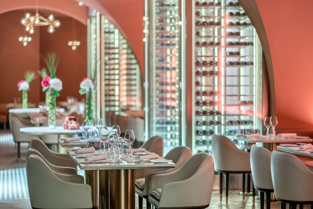 Restaurant, FIVE Palm Jumeirah Dubai