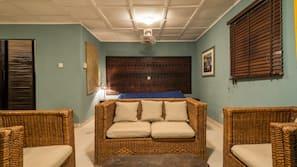 Premium bedding, soundproofing, free WiFi