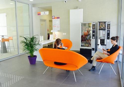 Top 10 Accommodation Near Palmola Golf Club from AU$42 | Wotif