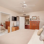 Sweet Escape 2 Bedroom Condo By Signature Vacation Homes of Scottsdale