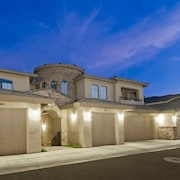 Desert Foothills 2 Bdr Condo By Signature Vacation Rentals