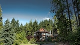 Sweetwater Lane Farm B & B - Mount Currie Hotels