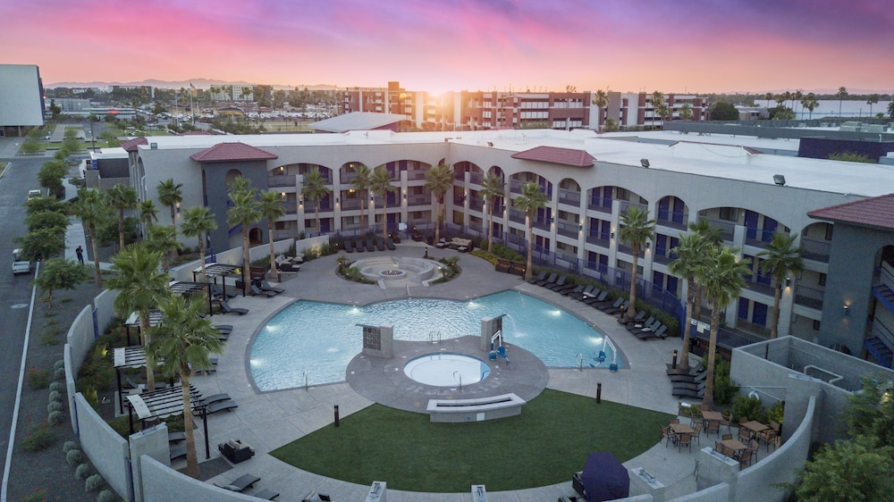 Grand Canyon University Hotel Phoenix Usa Aarp Travel