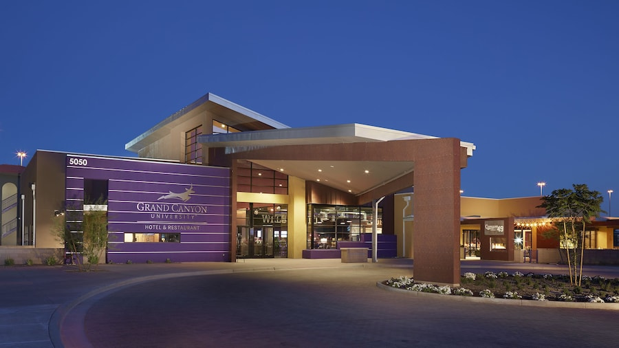 Grand Canyon University Hotel