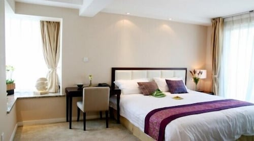 Room, Suzhou Regalia Serviced Residences