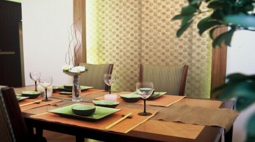 In-Room Dining, Suzhou Regalia Serviced Residences