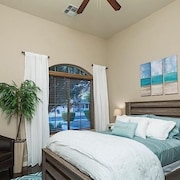Sail Away 3 Bedroom Condo By Signature Vacation Homes of Scottsdale