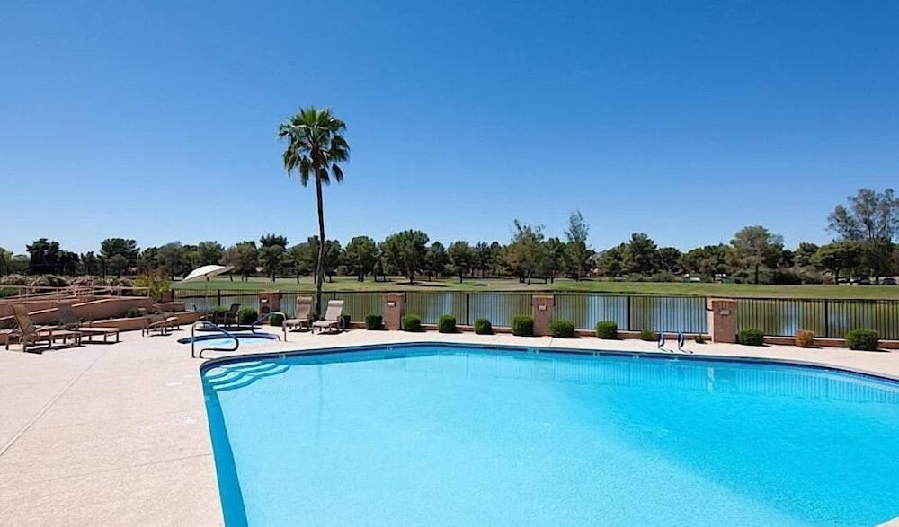 Outdoor Pool, McCormick Ranch Santa Fe Home By Signature Vacation Rentals