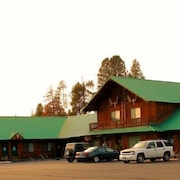 The Woodsman Country Lodge