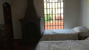 2 dormitorios, tabla de planchar con plancha, wifi gratis