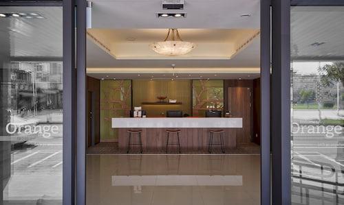 Hotels near Chiayi Motive Power Room Wood Sculpture Museum