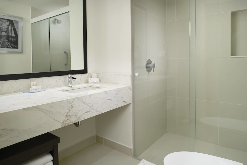 Bathroom, Fairfield Inn & Suites by Marriott Nogales