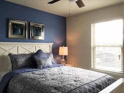 Enjoyable Majorca 5 Bedroom Villa By Dream Orlando Vacation Rentals In Download Free Architecture Designs Viewormadebymaigaardcom