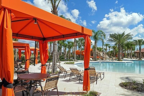 Spacious 10 Bedroom Holiday Home By Follow The Sun Vacation Rentals In Orlando Hotel Rates