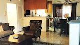 Fully Furnished Apartment in Glendale - Glendale Hotels
