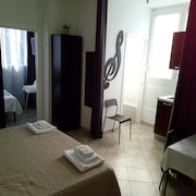 6 in centro guest house