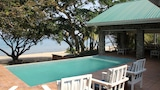 North Farthing - Monkey Bay Hotels