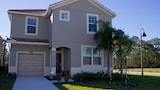 STUPENDOUS 6 Bedroom Holiday home by Follow the sun vacation Rentals - Kissimmee Hotels