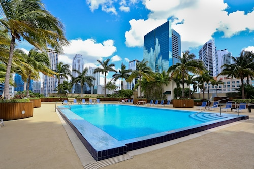 NUOVO - Downtown Miami / Brickell