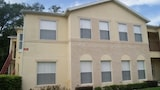 PLEASING 3 Bedroom Holiday home by Follow the sun vacation - Kissimmee Hotels