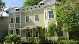 Waldburg Cobblestone by S.D.V. - Savannah Hotels