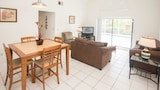 Lovely 4 Bedroom Holiday home by Follow the sun vacation Rentals - Kissimmee Hotels