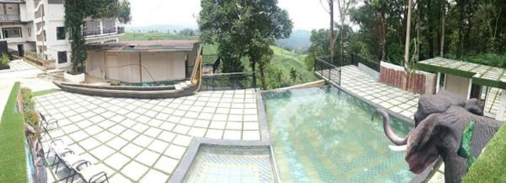 Outdoor Pool, Parakkat Nature Resorts