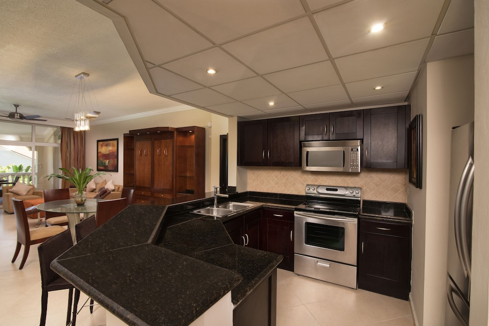Private Kitchen, Presidential Suites by Lifestyle - All Inclusive